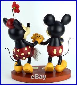 Art of Disney Theme Park Mickey & Minnie Pie-Eyed Med Figurine