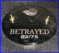 Betrayed Disney Fantasy Pin LE 62/75 HTF Ariel Vanessa Prince Eric Mermaid Rare