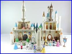 Cinderella Castle Playset 18 Walt Disney World / Disneyland Resort theme parks