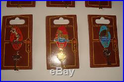 Complete 18 Pin Disney Room Key Set 2009 LE 750 Mint on Card Never Traded