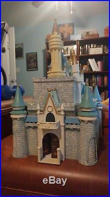 Disney Cinderella Castle theme park play set model From Disney World RARE