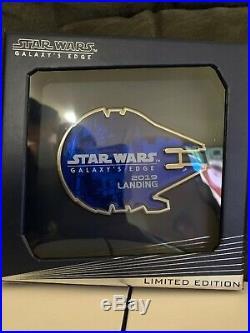 Disney Disneyland Star Wars Galaxys Edge Jumbo Millennium Falcon Pin LE 2000