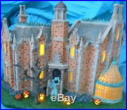 Disney HAUNTED MANSION HOUSE theme park exclusive RETIRED Lights up