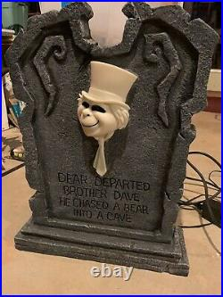 Disney Haunted Mansion PHINEAS and DAVE GHOST Lit Up Tombstone RARE