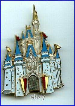 Disney Magic Kingdom Cinderella Castle Mickey Mouse Cast Drawbridge Jumbo Pin