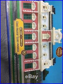 Disney Main Street Train Station Railroad HO Scale WDW Theme Park Collection