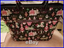 Disney Theme Parks Dooney and Bourke 2018 Christmas Holiday Tote Bag Purse New