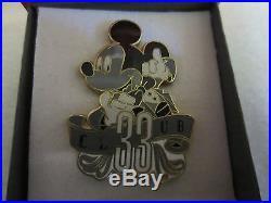 Disneyland Disney Club 33 Member Only Pin LE 3333