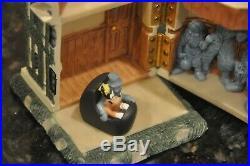 Disneyland Haunted Mansion Resin Hinge Box With Goofy Doombuggy