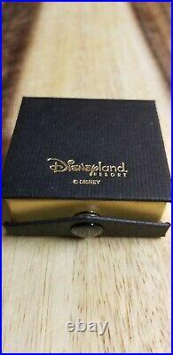 Disneyland Resort Disney Club 33 Exclusive Gold Limited Ed. Tuxedo Mickey Mouse