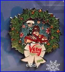 Disneys 2018 WDW Mickeys Very Merry Christmas Party 6 Pin Framed Set, New