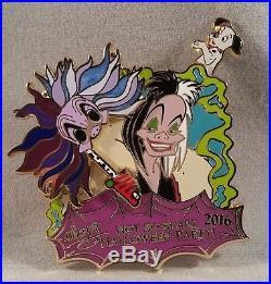 Mickeys Not So Scary Halloween Party 2016 Six Pin Disney Villains Framed Set