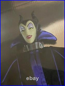 NEW Maleficent Doll Disney Villains Theme Park Exclusive 12 Doll Stand NRFB
