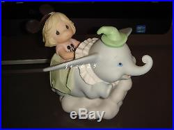 Precious Moments-Disney Theme Park Exclusive-Dumbo-Spread Your Wings And Fly