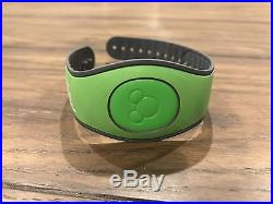 Rare Promotional Green 10th Anniversary Disney Dreamers Academy Magic Band