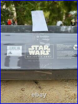 Star Wars Disneyland The Mandalorian DarkSaber Legacy Lightsaber Sword