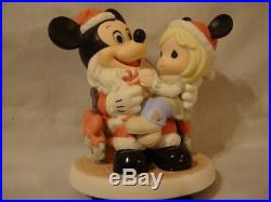 T Precious Moments-Rare 2 Day Disney Theme Park Exclusive-Mickey Mouse As Santa