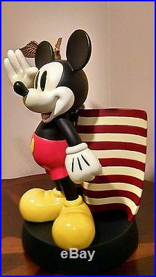 The Art of Disney Theme Parks Exclusive Mickey Mouse American Flag Statue USA