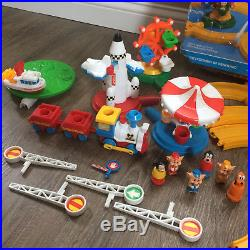 Vintage 1985 Walt Disneyland Disney Land Playset World Toy Train Theme Park 80's