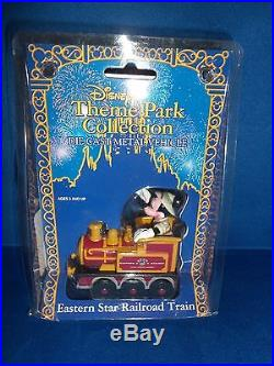 Walt Disney Theme Park Collection Mickey Mouse Train Die Cast Metal Vehicle New