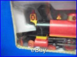 WALT DISNEY WORLD RailRoad HO Scale Electric Train Toy WDW Disneyland Theme Park