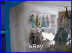 Walt Disney Cinderella Castle Playset-Theme Park Edition