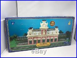 Walt Disney World Main Street Train Station HO Scale Mickey Mouse Theme Park