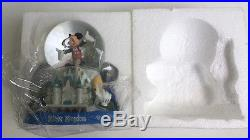 Walt Disney World Theme Park Magic Kingdom Mickey Mouse Music Box Snowglobe NIB