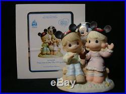 Zu Precious Moments-Disney Showcase Theme Park Exclusive